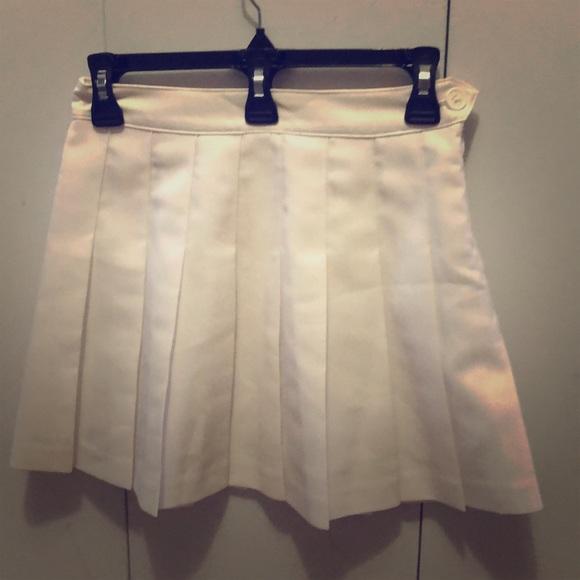 Aritzia Dresses & Skirts - Aritzia TNA skirt